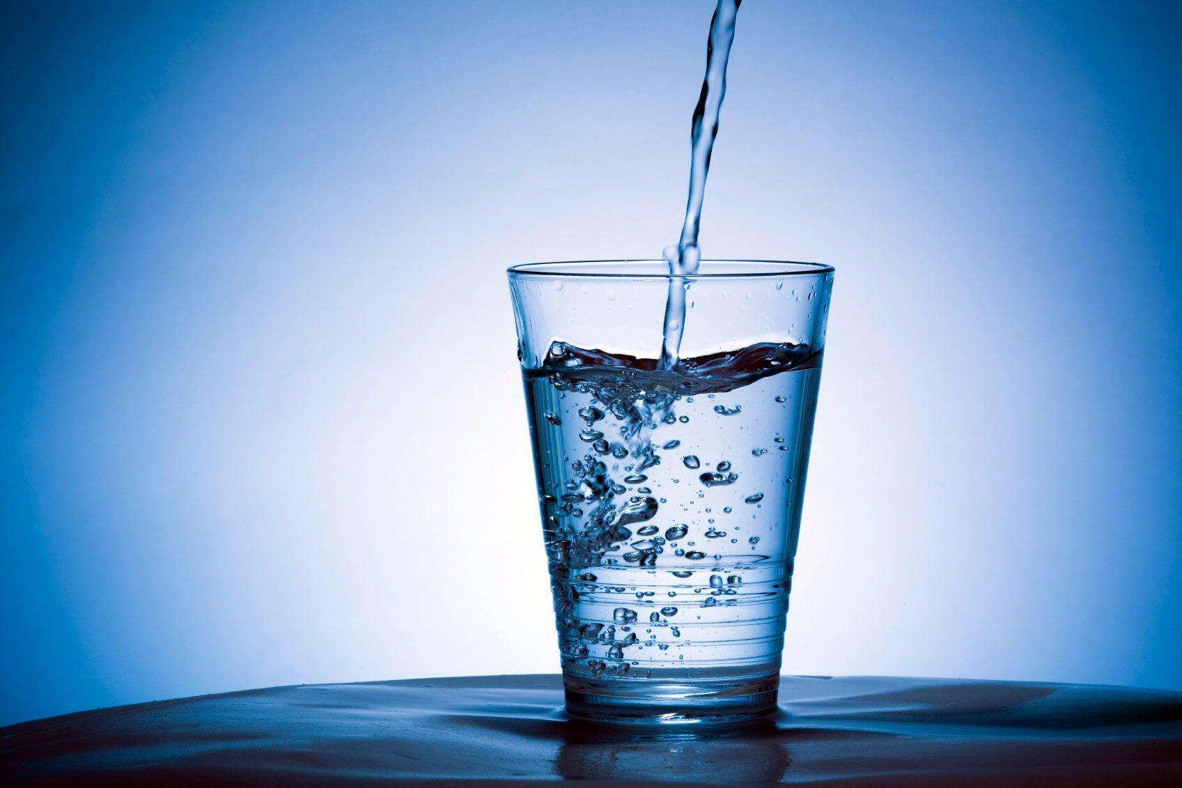 http://drsenaniwijesena.com/wp-content/uploads/2016/08/glass-water.jpg